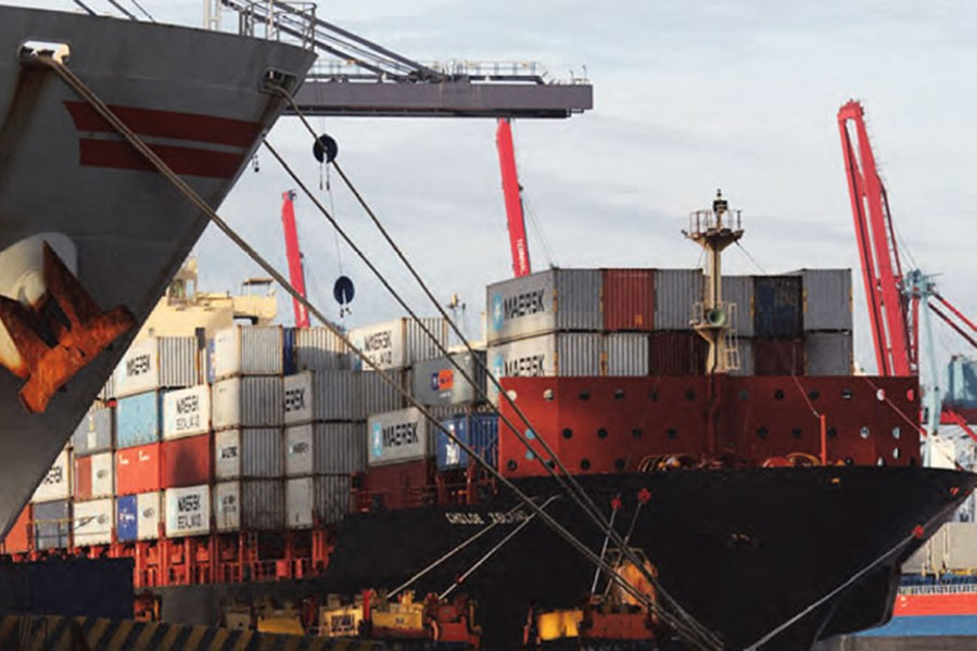 Indonesia GDP rises slightly in Q3