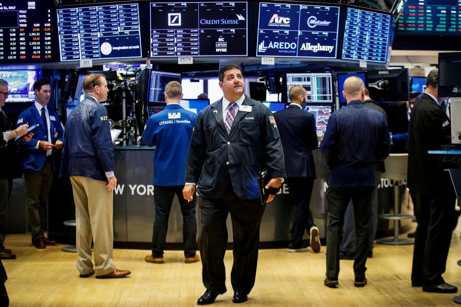Traders work on the floor of the New York Stock Exchange (NYSE) in New York, US, August 31, 2017. Reuters