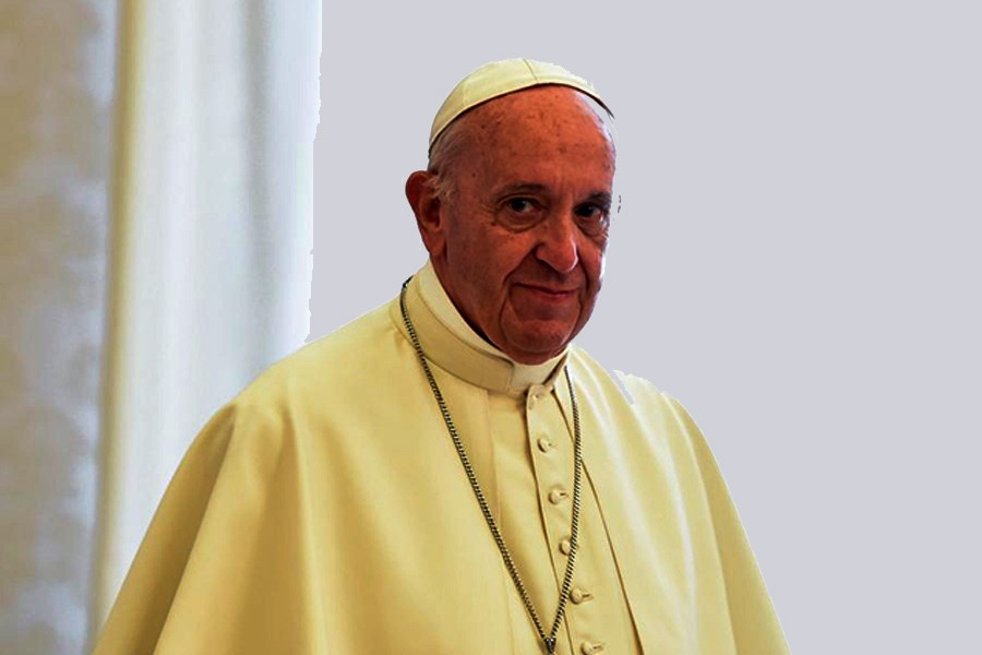 Pope to meet Myanmar army chief