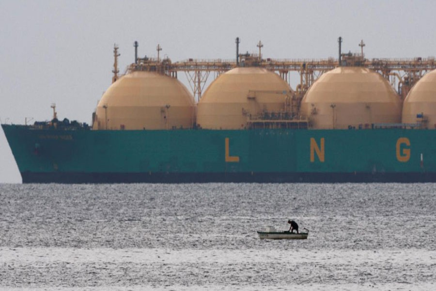 Thirty global firms to supply LNG to BD from spot mkts