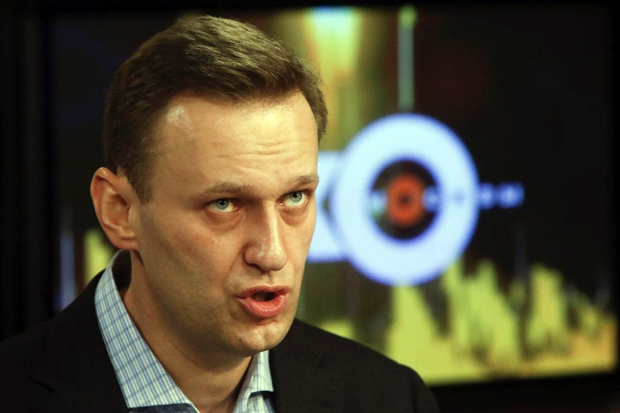 Russian court upholds ban against Putin's rival