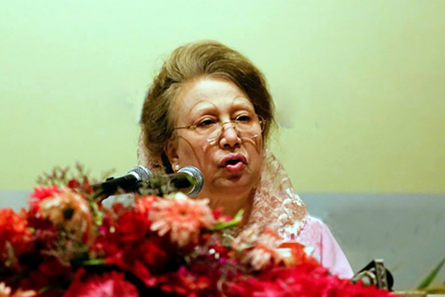 Khaleda urges countrymen to 'restore democracy' in 2018