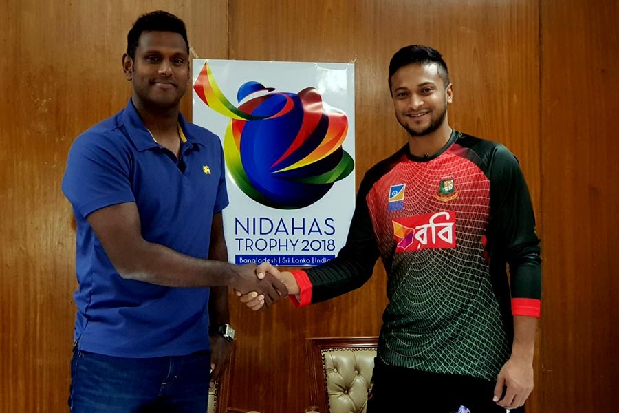 256c07b93e5 NIDAHAS Trophy  Tigers win toss