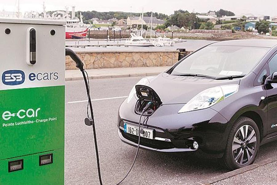 India eyes Rs 420b electric vehicles mkt by 2030