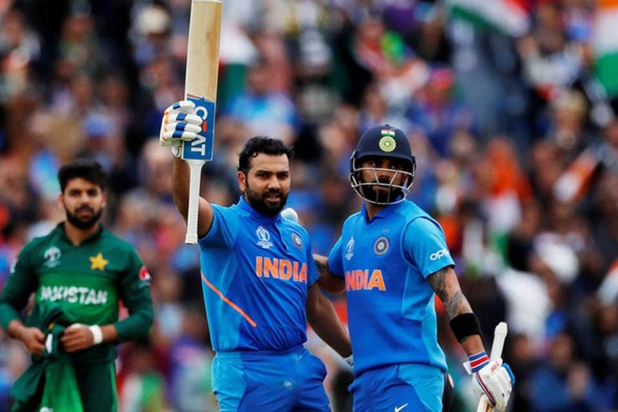 India powers to 336-5 against Pakistan