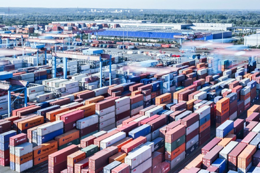 Container congestion at Chittagong Port