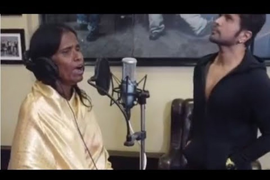 Internet sensation Ranu Mondal sings with Himesh
