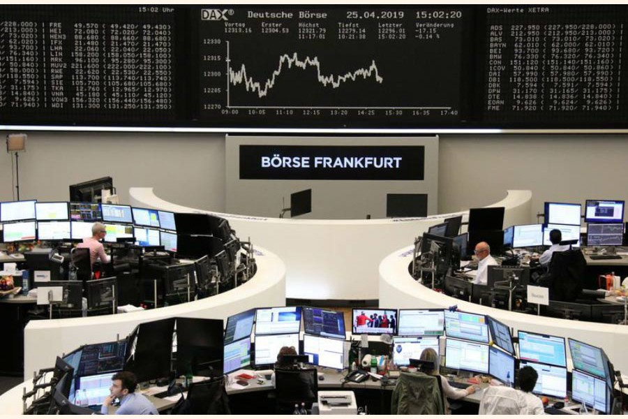 Encouraging trade talks  boost European shares