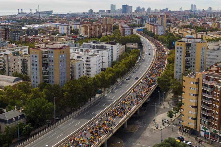 Protests paralyse Catalonia