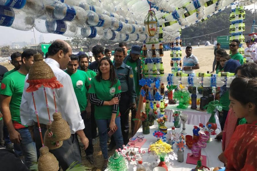 Atiqul inaugurates exhibition on impacts of plastic on environment