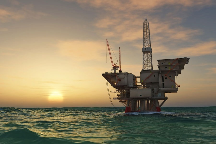 Intensifying offshore drilling for hydrocarbon