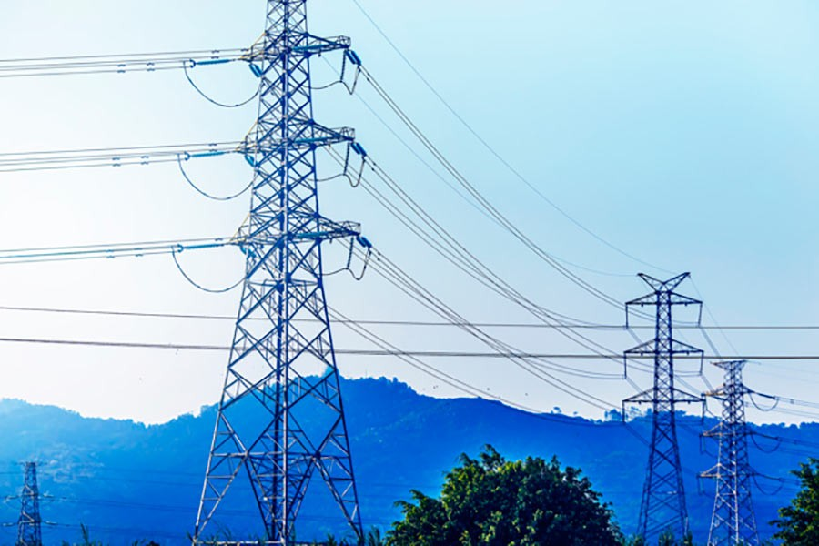 Energy regulator hikes retail power prices by 5.3pc