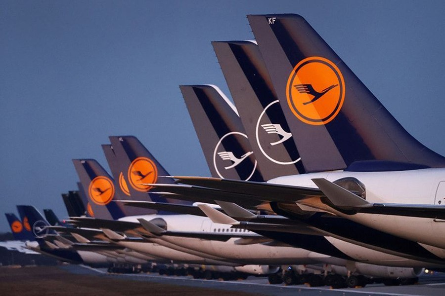 Planes of German carrier Lufthansa parked on a closed runway at Frankfurt airport, Germany on March 23, 2020, as the spread of the coronavirus continues — Reuters/Files