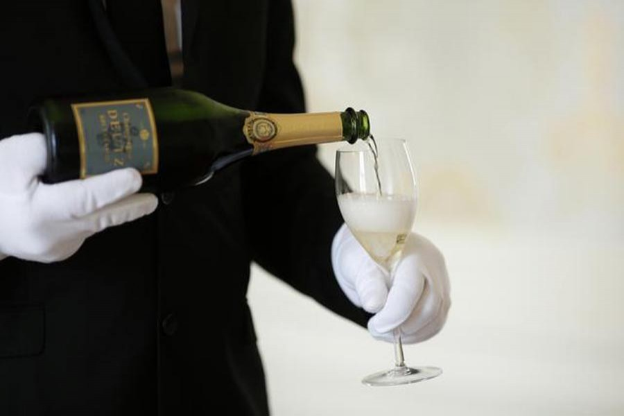 Champagne loses its fizz