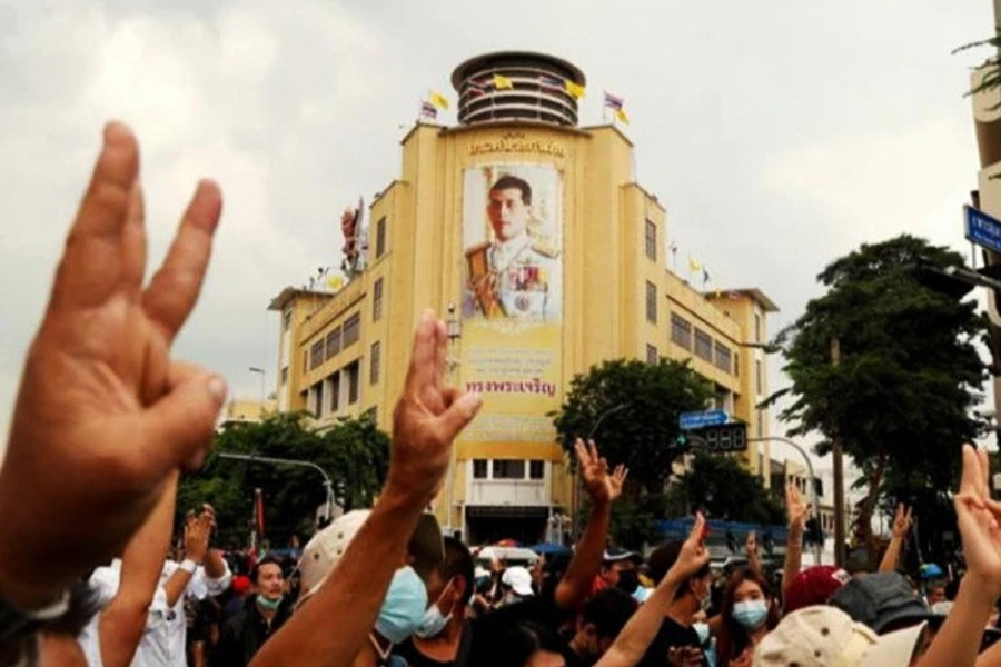 Thailand, Myanmar protesters borrow from 'Hunger Games
