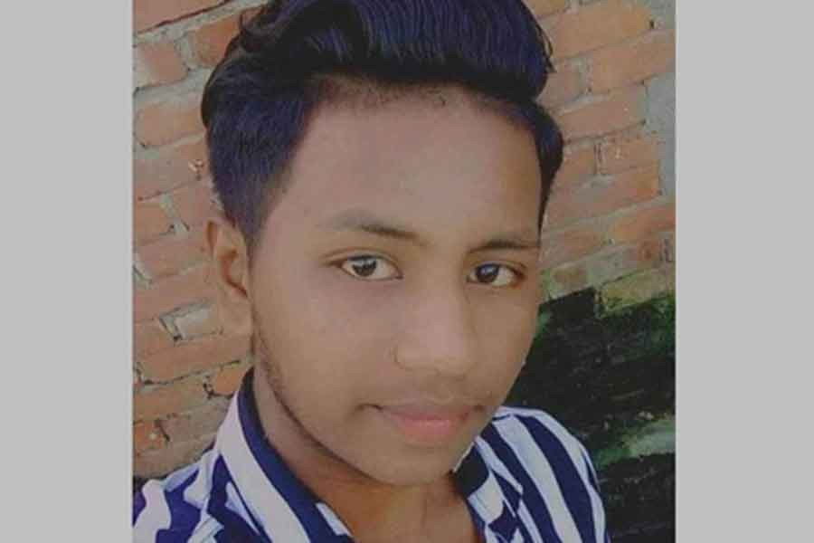 Youth kills father to save mother from torture