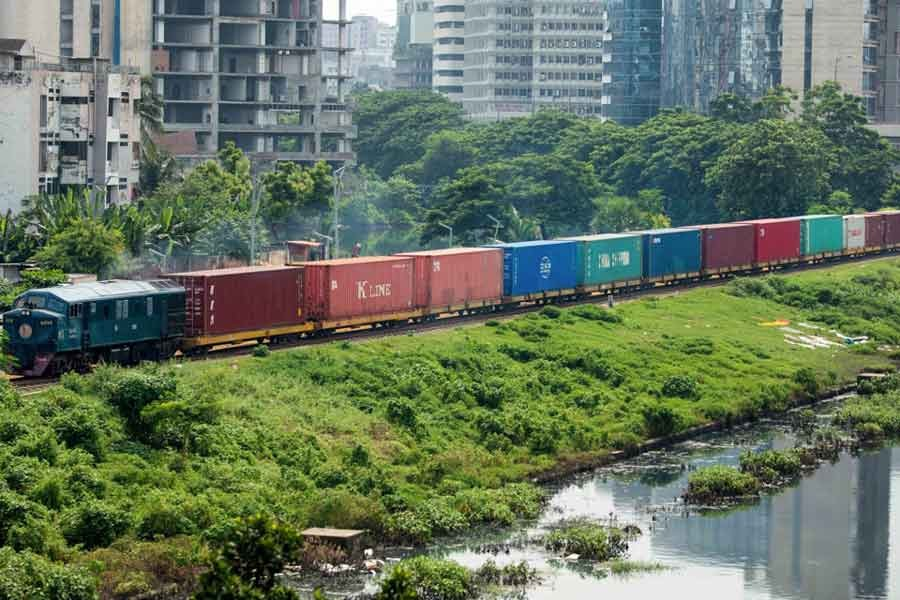 Railway to operate eight special freight trains in lockdown