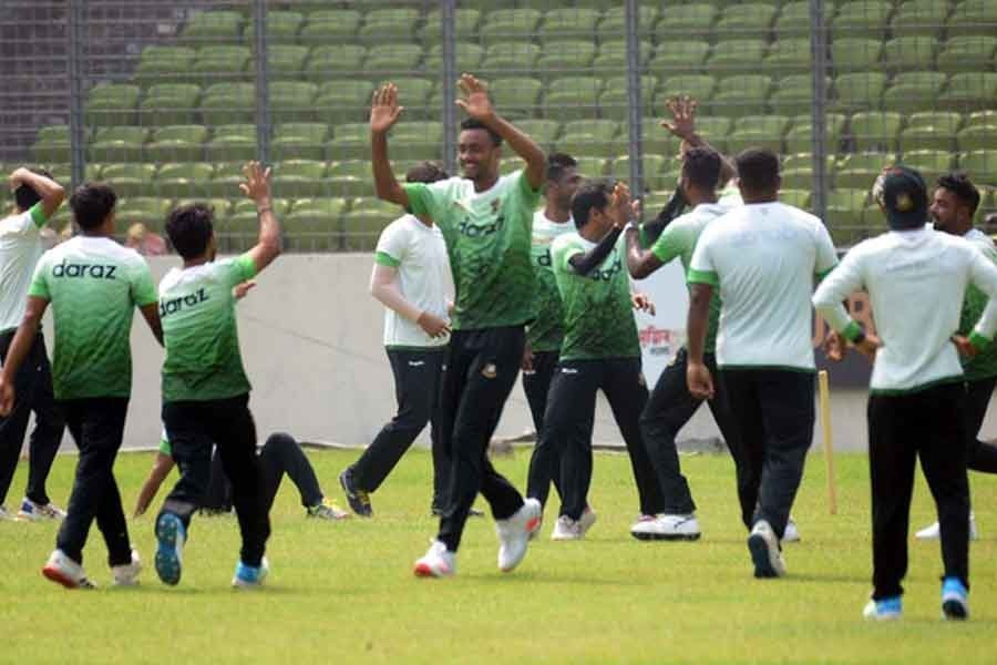 Tigers reach Sri Lanka's Kandy for two-match Test series