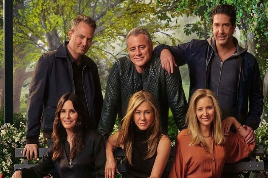 'Friends' reunion brings tears, laughter and memories