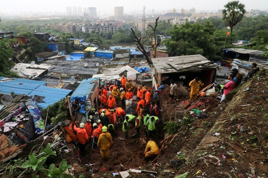 Rescue workers search for survivors after a residential house collapsed due to landslide caused by heavy rainfall in Mumbai, India on July 18, 2021 — Reuters/Files
