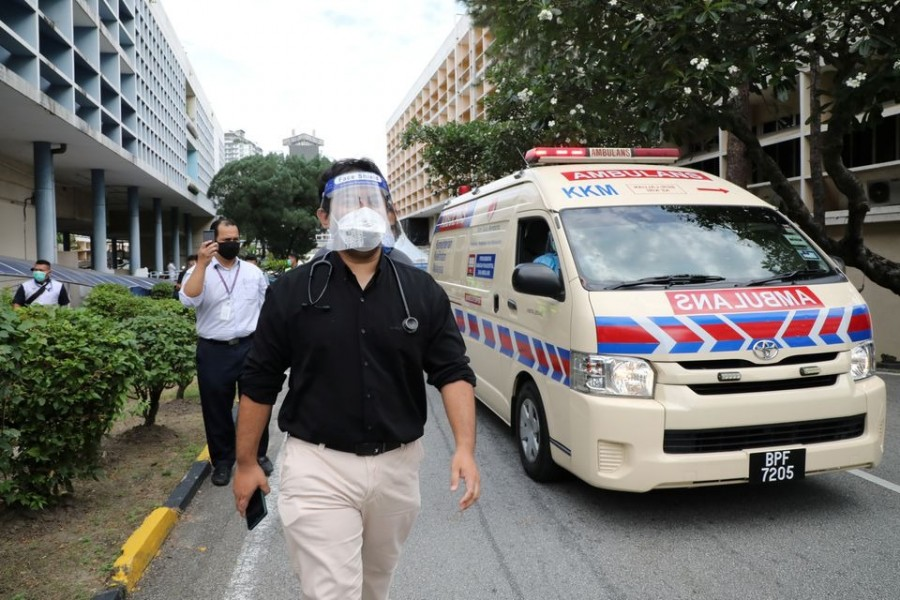 A government medical contract doctor participates in a walkout strike at Kuala Lumpur Hospital amid the coronavirus disease (Covid-19) outbreak in Kuala Lumpur, Malaysia on July 26, 2021 — Reuters photo