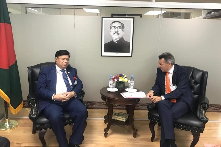 ICRC President calls on Foreign Minister