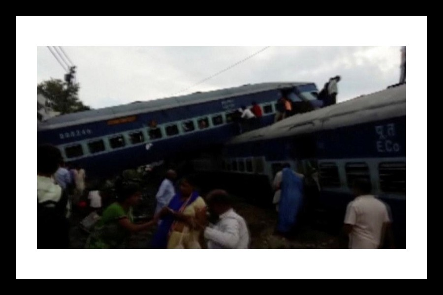 Derailed carriages of Kalinga-Utkal express train are seen in Khatauli, Uttar Pradesh. Reuters