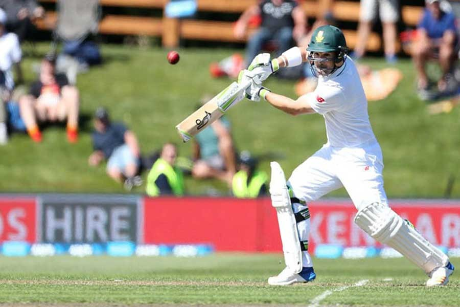 S Africa 298/1 at stumps on day 1