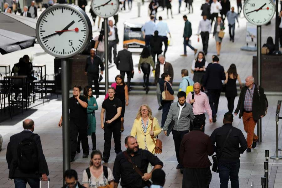 UK economic growth slows to four-year low