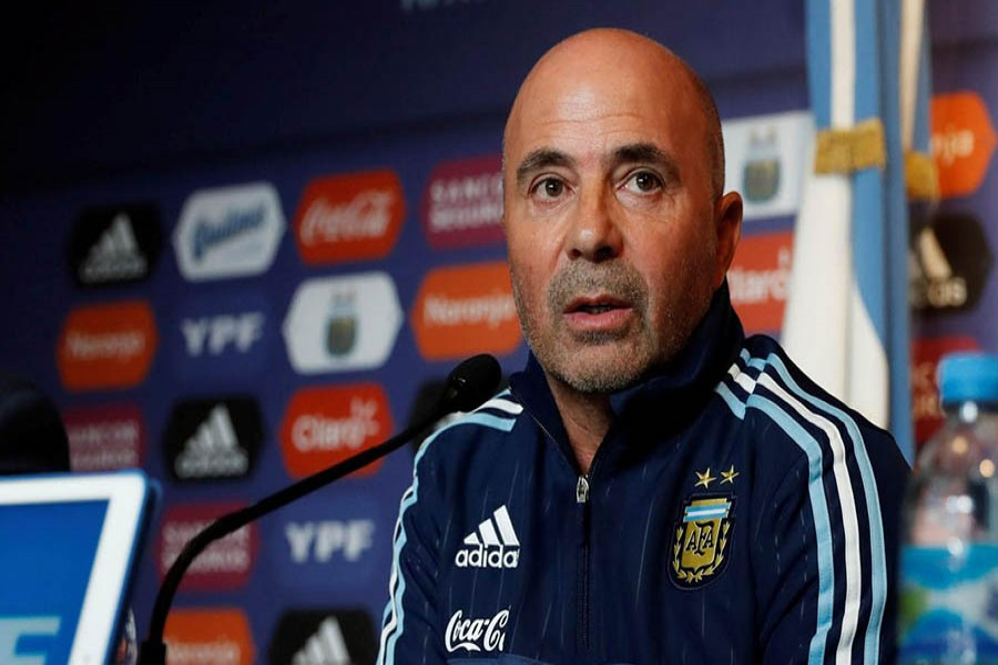 Sampaoli not to pair up Messi, Dybala against Peru