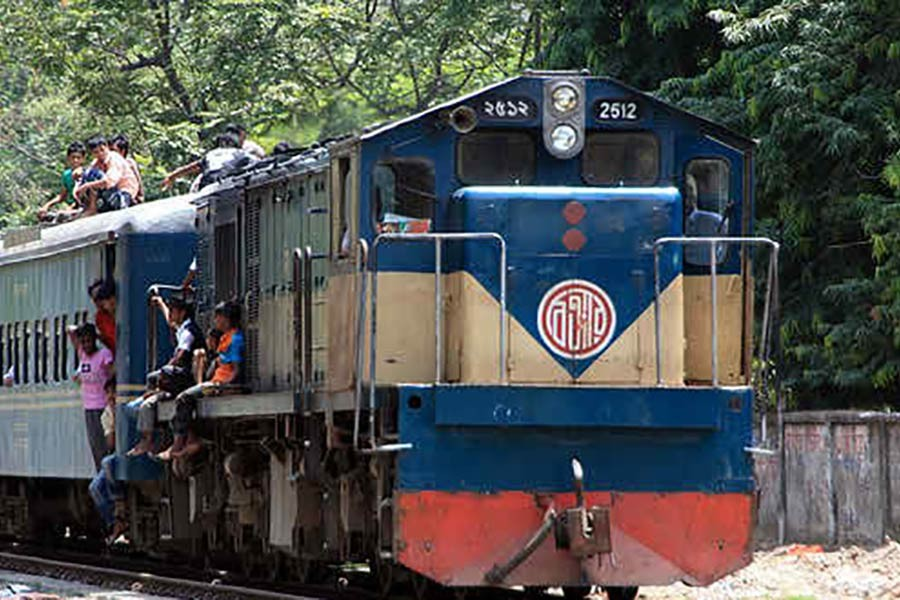 Train services of Dhaka with 3 districts resume