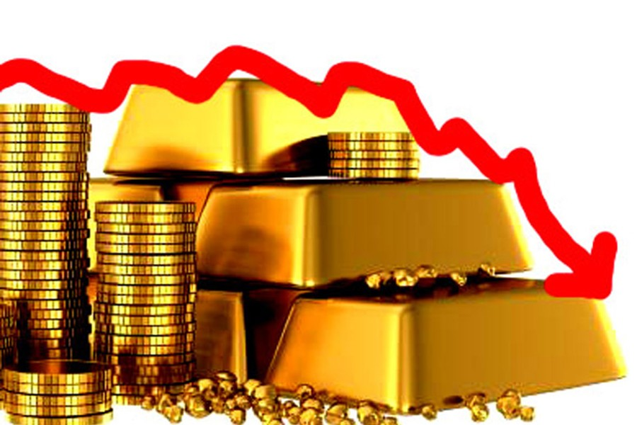 Gold Prices Inch Down As Dollar Gains