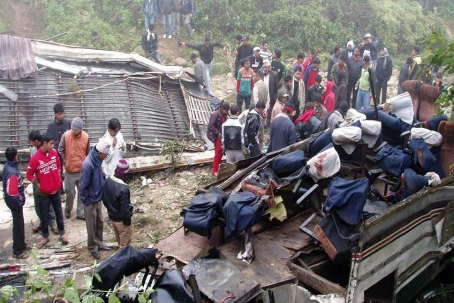 The bus, which was en route to Kathmandu from Rajbiraj, veered off the highway at Ghatbesi Bange curve, according to the Kathmandu Post.  Photo: hindustantimes.com