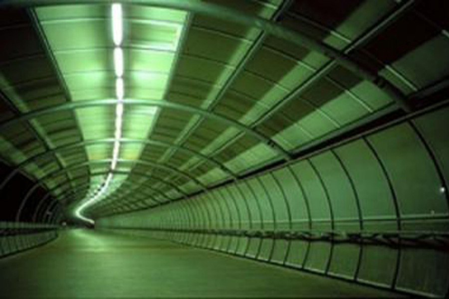 Fund crunch hits tunnel project