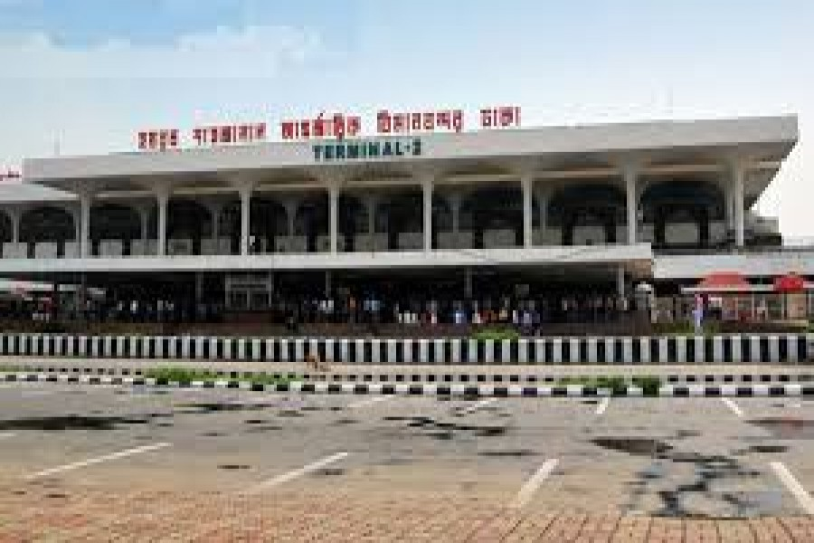 Customs officials detain two at Shahjalal airport