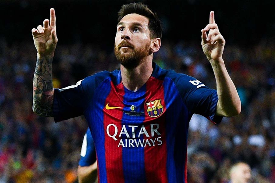 Messi signs new contract, €700m release fee