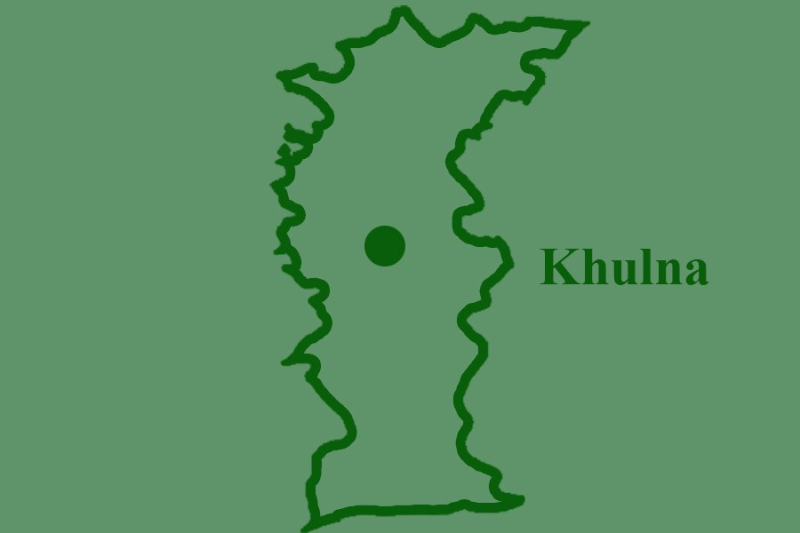 Khulna's rail link resumes after 9 hours