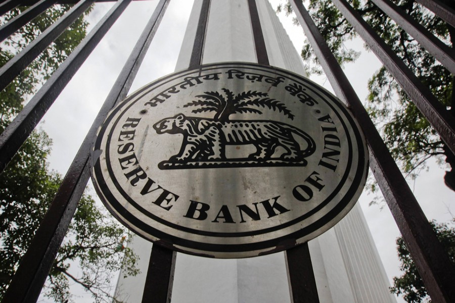Indian central bank holds rates, eyes inflation, rebounding growth