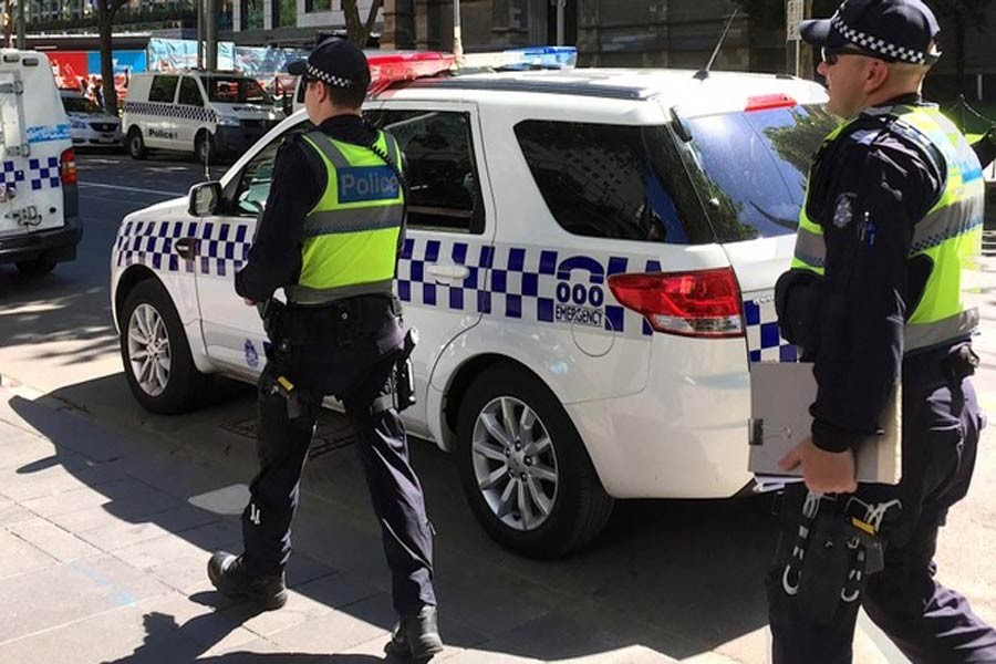 Australian police patrol the area where a driver on Thursday deliberately ploughed into pedestrians in central Melbourne, DEC 22,2017, Reuters.