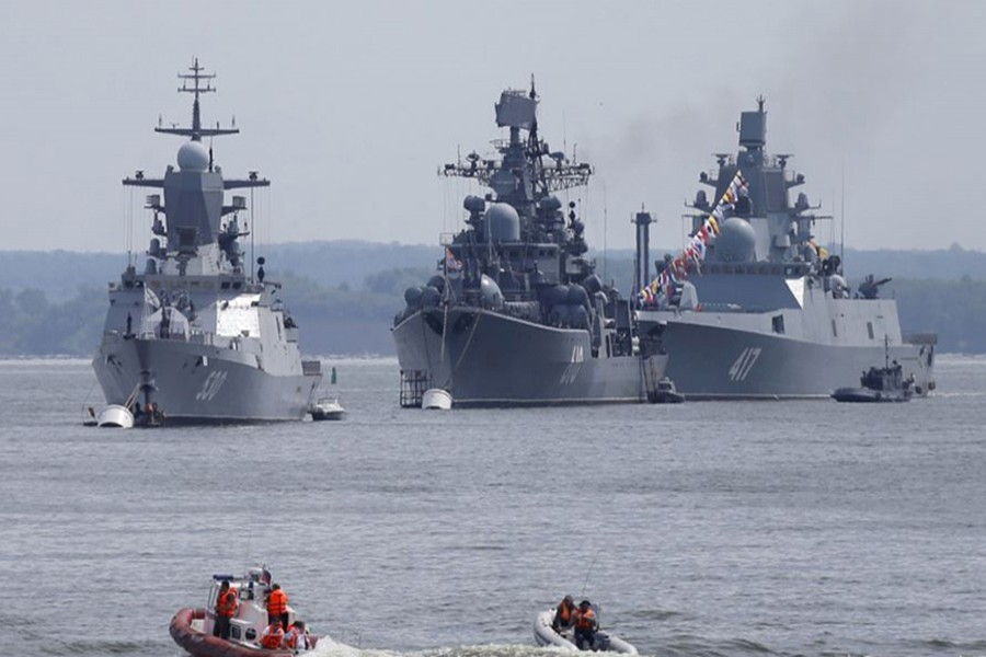 Russian war ships are seen anchored in a bay of the Russian fleet base in Baltiysk in Russia's Kaliningrad region between Poland and the Baltic states, July 19, 2015. - Reuters file photo