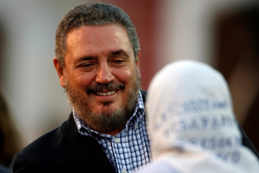 Fidel Castro Diaz-Balart, son of Cuba's President Fidel Castro, talks to Argentine human right activist and member of the Mothers of the Plaza de Mayo group Hebe de Bonafini during the inauguration of the International Book Fair in Havana February 8, 2007. Reuters/File Photo