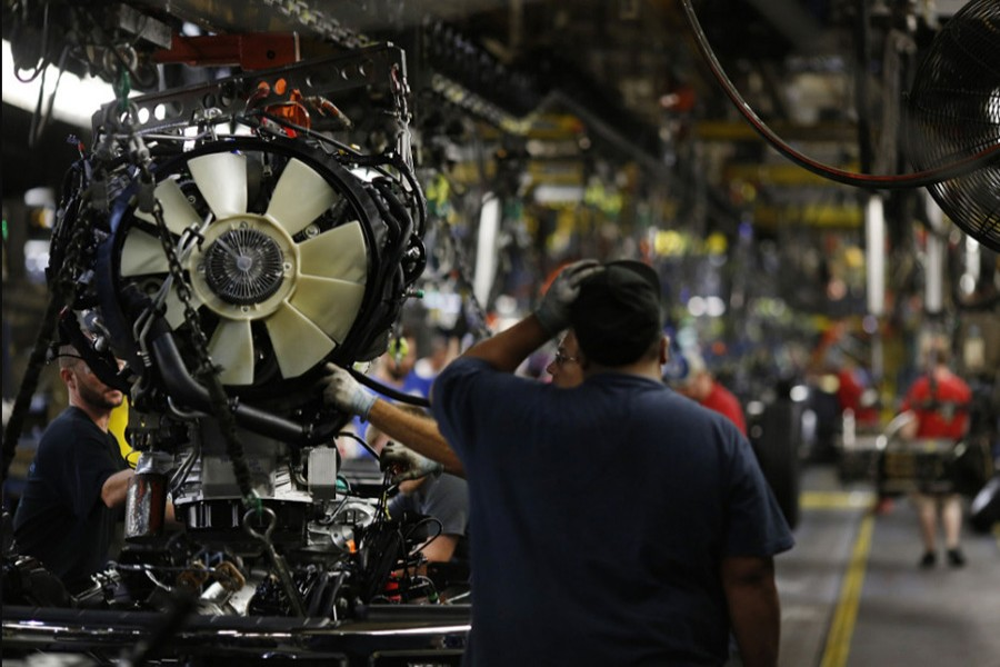 German industry output falls