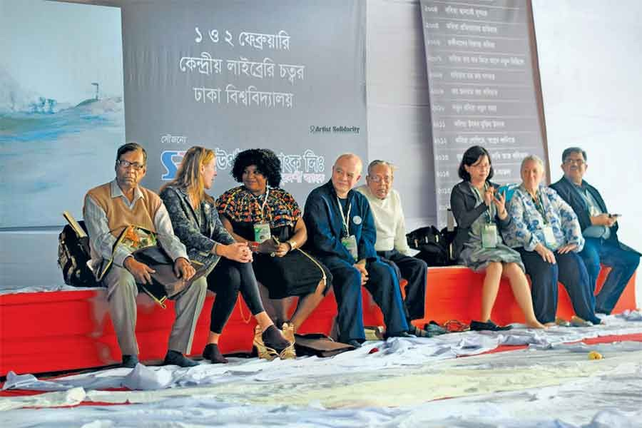 Poets from overseas countries on the dais on the opening day of the National Poetry Festival, 2018.