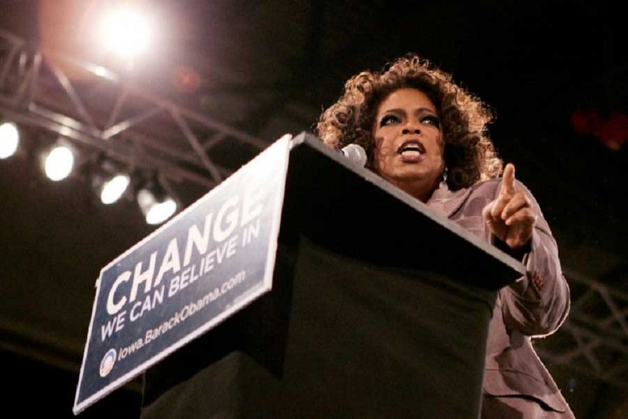 Talk show host Oprah Winfrey speaks at a Democratic presidential candidate Sen. Barak Obama (D-IL) rally in Des Moines, Iowa, US, December 8, 2007. Reuters/File Photo