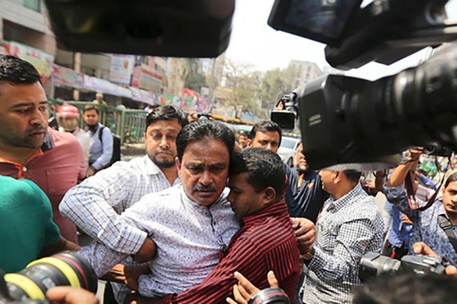 Police detain BNP leader Alal, Babul from Nayapaltan