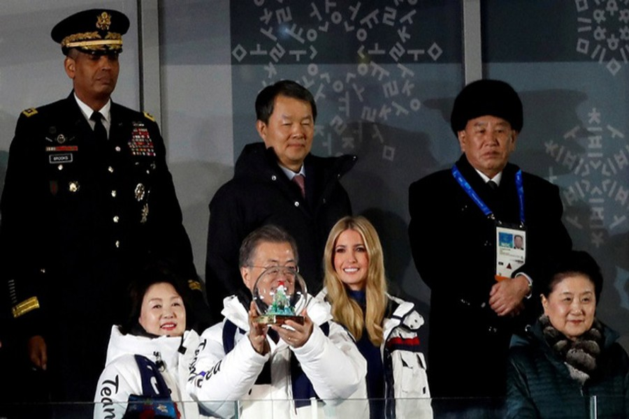 PYEONGCHANG: South Korean President Moon Jae-in and South Korean first lady Kim Jung-sook, Ivanka Trump, daughter of US President Donald Trump and White House adviser, Chinese Vice Premier Liu Yandong, South Korea's Constitutional Court President Lee Jin-sung and US Forces Korea Commander Vincent Brooks and Kim Yong-chol of the North Korean delegation, attend the closing ceremony. — Reuters