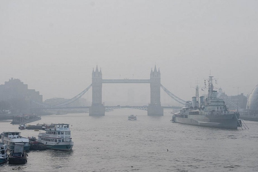 Britain needs tougher law to tackle air quality