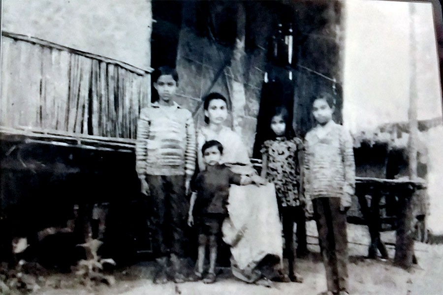 Akhlaqul Hossain Ahmed's family at Meghalaya refugee camp in 1971. From right—his eldest son Obaidul Hassan (now a Justice at the High Court Division), only daughter Nilufar Yasmin, wife Hosne Ara Begum, youngest son Saif Ul Hassan and second son Sajjadul Hassan (now an acting secretary at the  Prime Minister's Office).