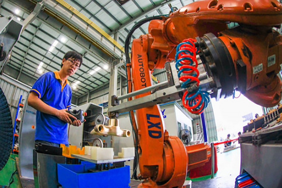 China's industrial profit grows strong in Jan-Feb