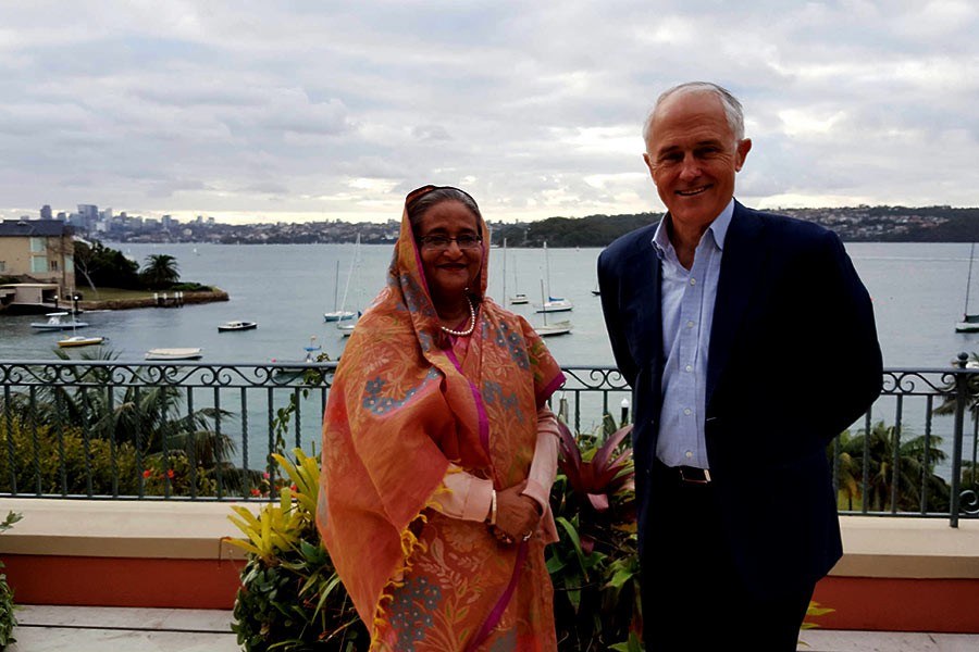 Prime Minister Sheikh Hasina posing for photograph after a meeting with her Australian counterpart Malcom Turnbull in Sydney on Saturday. -Focus Bangla Photo